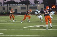 Varsity Football Team Loses 24-21 to Jaguars in Final Field Goal