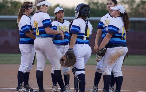 Lady's Softball Team Travel to Laredo